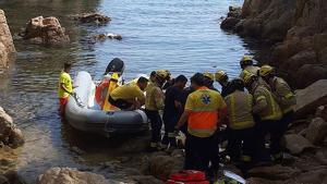 Rescat d'una dona a la cala Ametller a Sant Feliu de Guíxols