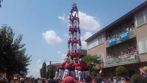 Un 4de9f de la Colla Joves Xiquets de Valls a la festa major de Llorenç del Penedès