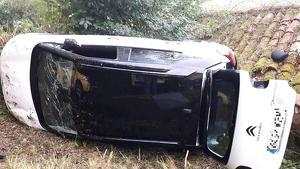 Una mujer herida en un accidente de tráfico en Siero