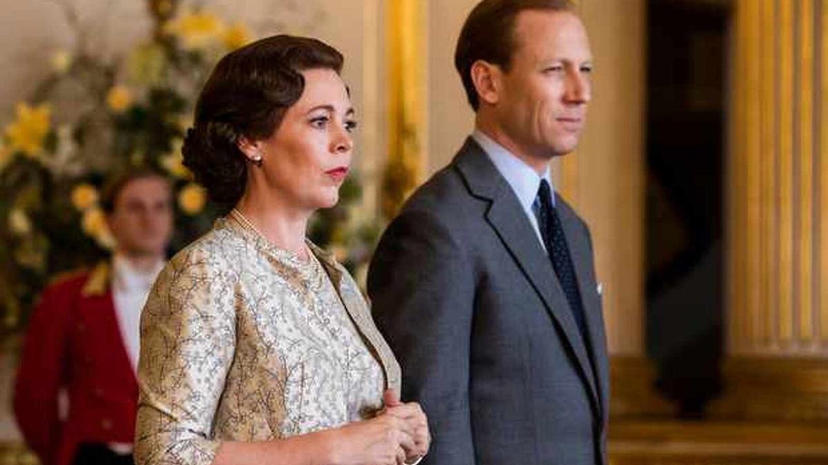 Colman toma el relevo a Claire Foy, interpretando a Isabel II