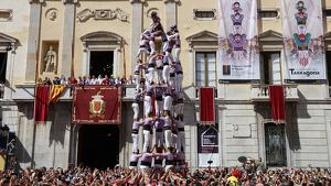 9 de 8 descarregat per la Colla Jove Xiquets de Tarragona, en la diada de Santa Tecla