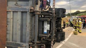 Accident a la rotonda d'enllaç entre la C-58 i la C-16 a Viladecavalls