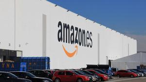 Amazon busca trabajadores para su centro en Madrid