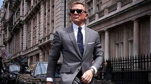 Bond (Craig) deberá echar un cable a su amigo, Félix (Wright) por última vez