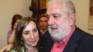 César Arrizabalaga amb la seva succesora al càrrec, Maria Elena Pérez