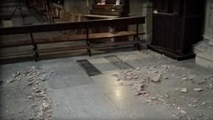 El golpe de la grua ha causado graves desperfectos en la Concatedral