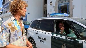 El jove desaparegut el passat divendres a Cadaqués va ser localitzat en el veler familiar, on dormia