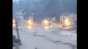 El riu Clariano desbordat en el barri de la Cantereria