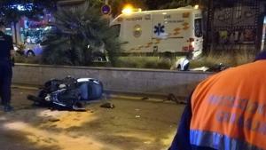El vehículo arrolló la motocicleta que circulava por la misma via que el autobus