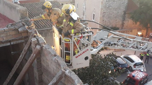 Els Bombers han actuat en l'ensorrament d'una teulada a Constantí