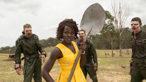 En 'Little Monsters', Lupita Nyong'o encarna a una profesora de infantil mata-zombies.