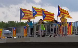 Es van manifestar sobre l'AP-2 i sobre la N-240 a l'altura de l'Espluga de Francolí i Montblanc, respectivament