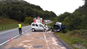 Imagen de las asistencias en el lugar del accidente