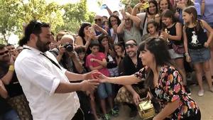Imatge de la petició de matrimoni feta ahir al Santuari de Misericòrdia