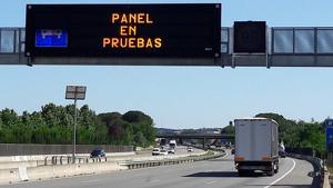 L'objectiu de les proves és veure com reacciona el vehicle a les indicacions per fer-lo canviar de carril