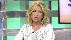 Lydia Lozano sufre un desliz dentro de 'Sálvame Okupa'