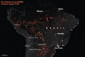 Mapa dels incendis amb les images captades pels satèl·lits Terra i Aqua MODIS entre el 15 i el 22 d'agost
