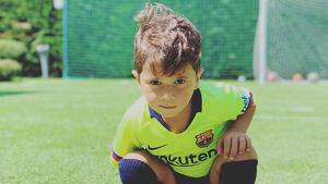 Mateo Messi amb la samarreta del Barça