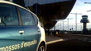 Mossos d'Esquadra a l'Aeroport del Prat