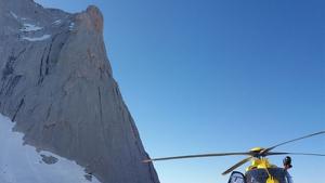 Muere un montañero mientras escalaba el Naranjo de Bulnes