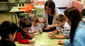 Primer pla dels alumnes de l'escola de Tírvia, al Pallars Sobirà
