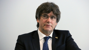 Puigdemont ha recalcat que està «a disposició» del Parlament
