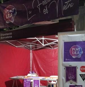 Punt Lila a la plaça del Pi durant la Festa Major de Bellaterra 2019