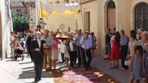 Una de les imatges més incòniques de la Festa Major del Santíssim Sagrament: la processó.