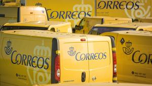 Vehículos oficiales de Correos