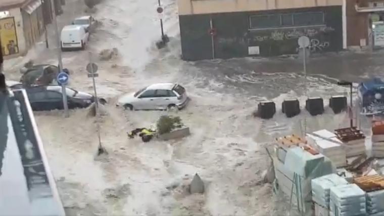 Imágenes de las inundaciones de este domingo en Arganda del Rey