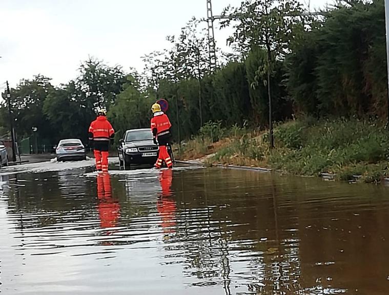 Inundació en un carrer de Viladecavalls