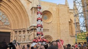 3de9 amb folre descarregat de la Colla Vella dels Xiquets de Valls a Tarragona