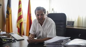 Alfons Garcia, alcalde de Vandellòs i l'Hospitalet de l'Infant, en un moment de l'entrevista amb TarragonaDigital.