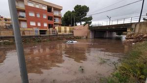 Efectos de las lluvias torrenciales de esta tarde en la costa de Tarragona