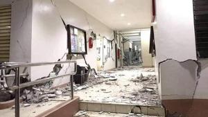 Efectos del terremoto en la escuela de 'Cor Jesu' en Digos, Davao del Sur