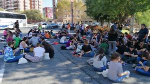 Els manifestants han tallat aquest migdia la plaça de la Imperial Tàrraco durant poc més d'una hora.