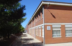Exterior de l'institut Martí l'Humà de Montblanc