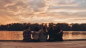 Frases para amigos y amigas y citas para descubrir el significado de la amistad.