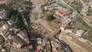 Imatge aèria de l'Espluga de Francolí, amb la destrucció ocasionada per la riuada del Francolí
