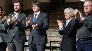 Imatge d'arxiu de Carles Puigdemont, Mertixell Serret, Toni Comín i Lluís Puig