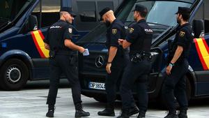 Imatge de la Policia Nacional a l'aeroport
