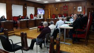 Imatge de la sala de vistes de l'Audiència de Tarragona on es fa el judici als membres d'una xarxa d'abús de menors