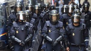 Imatge dels policies nacionals desplaçats a Barcelona