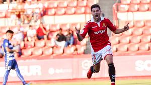 Javi Bonilla celebrant el gol en el minut 10