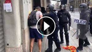 jove agredit policia nacional via laietana