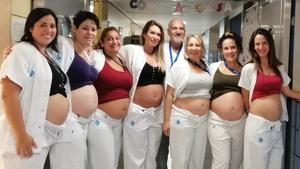 La foto de las siete enfermeras y auxiliares embarazadas