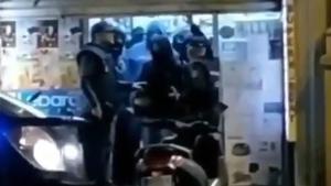 Agents infiltrats en una botiga del carrer Aragó