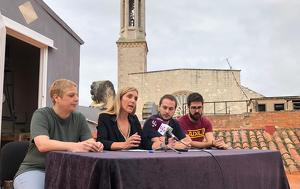 La roda de premsa s'ha dut a terme al terrat de la Casa de la Vila, a tocar del rellotge de la façana i del campanar més alt de Catalunya