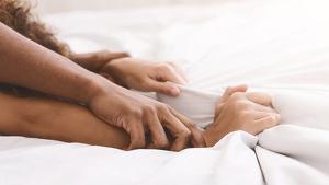 Las frases más eróticas para despertar el deseo sexual.
