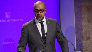 Miquel Buch, conseller de l'Interior de la Generalitat de Catalunya, durant la roda de premsa.